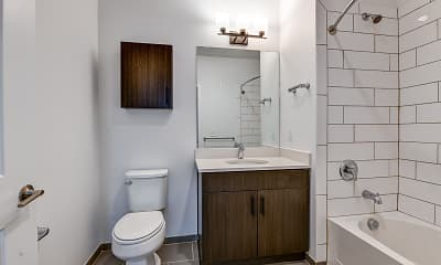 Bathroom, The Link at Aberdeen Station, 2