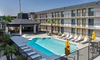 Pool, 32 Arcadia, 0