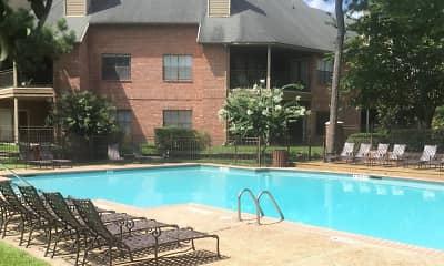 Pool, Chasewood, 1