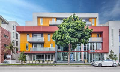 NMS Residential Santa Monica Apartments, 2