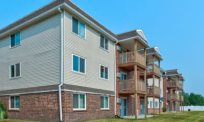 Building, Brentwood Estates, 1