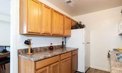 Kitchen, Newport Landing Apartments, 0