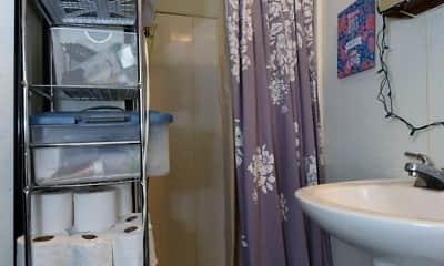 Bathroom, Burnham Rentals - Campus Area 1 Bedrooms, 2