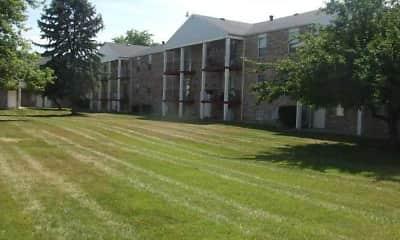 Building, Oak Hill Apartments, 2