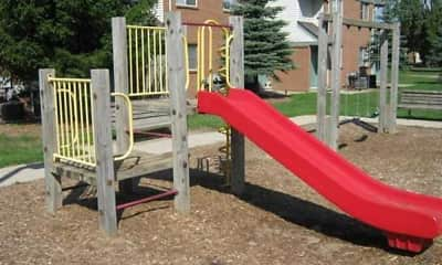 Playground, Benjamin Manor, 2