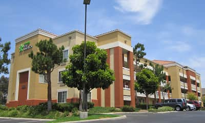 Building, Furnished Studio - Orange County - Brea, 1