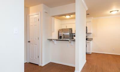 Kitchen, Lake Princess Anne Apartments, 1