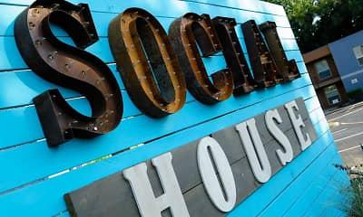 Pool, Social House, 2