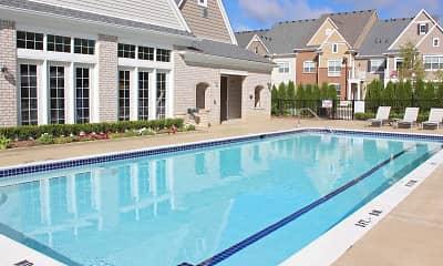 Pool, Centerra Pointe, 2