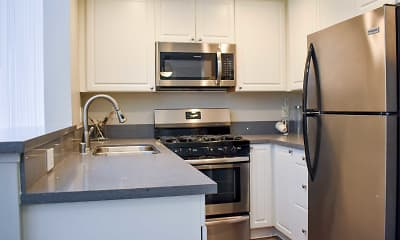 Kitchen, Hollywood Place, 2