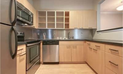 Kitchen, Brandywine Woods Apartments, 1