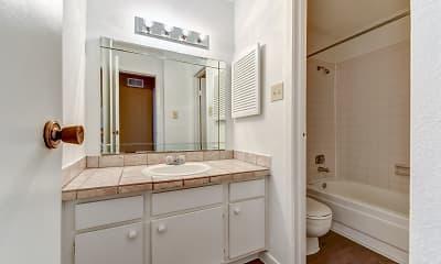Bathroom, Wilshire Park, 2