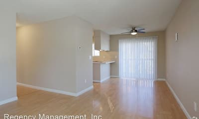 Living Room, Berryhill Park Apartments, 1