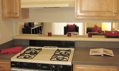 Kitchen, Parkwood Manor Apartments, 2