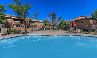 Smoketree Polo Club Apartments, 1