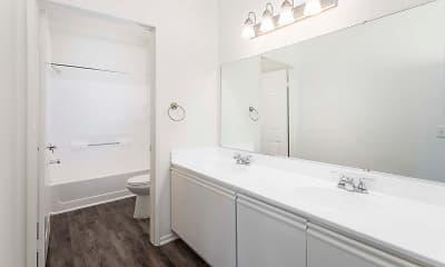 Bathroom, White Oak Gardens, 2