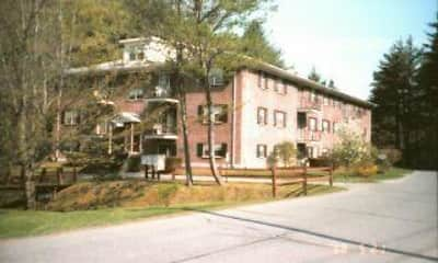 Building, Meadowbrook Village Apartments, 1