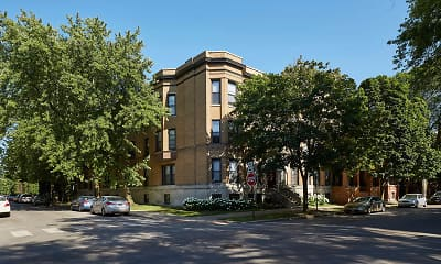 Building, 5401-5403 S. Woodlawn Avenue, 1