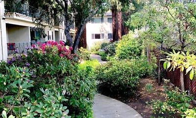 Landscaping, Noel Oaks Apartments, 0