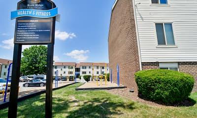 Recreation Area, Ross Ridge Apartment Homes, 2