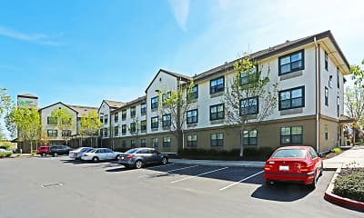Building, Furnished Studio - Sacramento - West Sacramento, 1