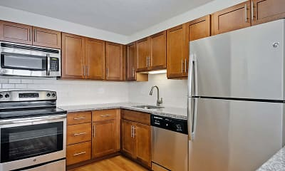 Kitchen, Hyde Park Tower Apartments, 1