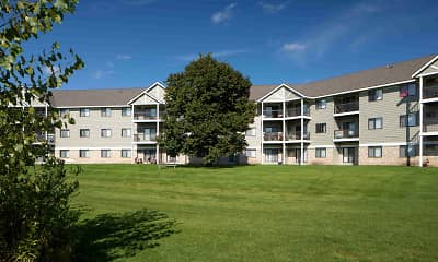 Building, Wellington Ridge Apartments, 1
