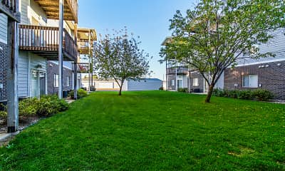 North Pointe Apartment Homes, 1