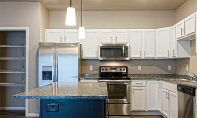 Kitchen, Signature Apartments at StoneMill Pond, 1