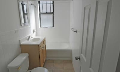 Bathroom, Woodlawn Court, 2