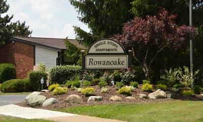 Landscaping, Rowanoake Apartments, 0