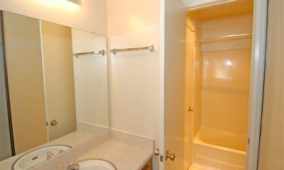 Bathroom, Fashion Hills Terrace Apartments, 2