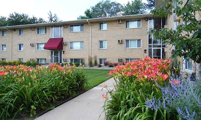 Crestview Apartments, 0