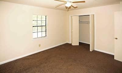 Bedroom, Quail Hollow Apartments, 2