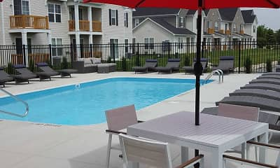 Pool, Avery Pointe, 1