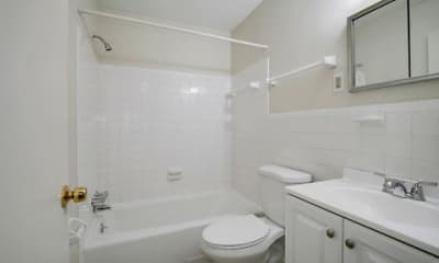 Bathroom, Brooklawn Apartments, 2
