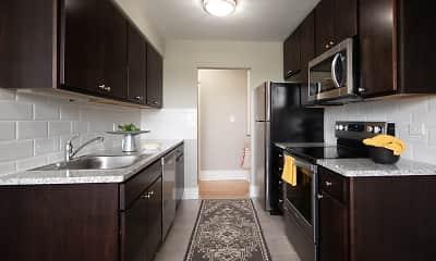 Kitchen, 6720 N Sheridan, 0