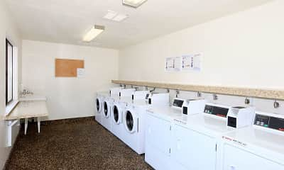 Parkwood Apartments, 2
