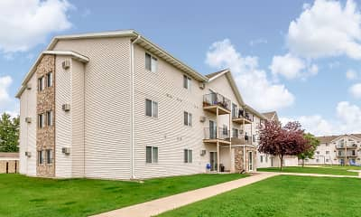 Building, Wheatland Place Apartments & Townhomes, 0