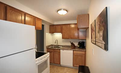 Kitchen, Woodview Commons, 1