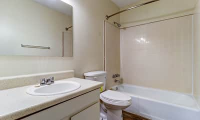 Bathroom, Largo Pointe, 2