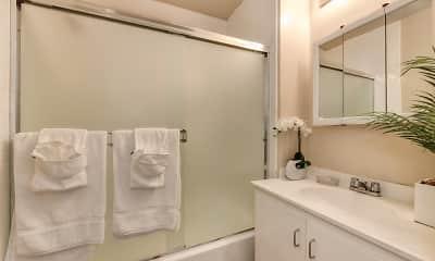 Bathroom, Glenwood Garden, 1
