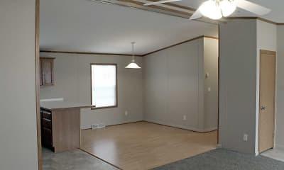 Dining Room, Hamlin MHC, 2