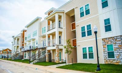 Building, Bauer Farms Apartments & Townhomes, 0