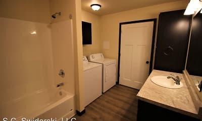 Bathroom, SCS Marshfield, 2