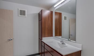 Bathroom, Blooming Meadows North, 2