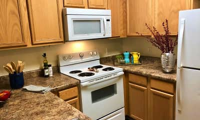 Kitchen, Pinnacle Pointe Apartments, 1