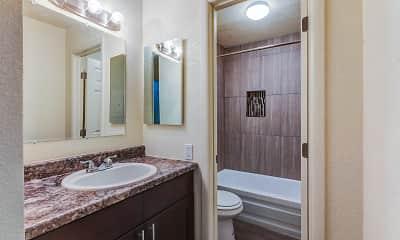 Bathroom, Los Vecinos, 2