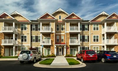 Building, TGM Creekside Village, 2