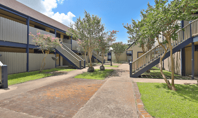 Building, Lakewood Apartments, 2